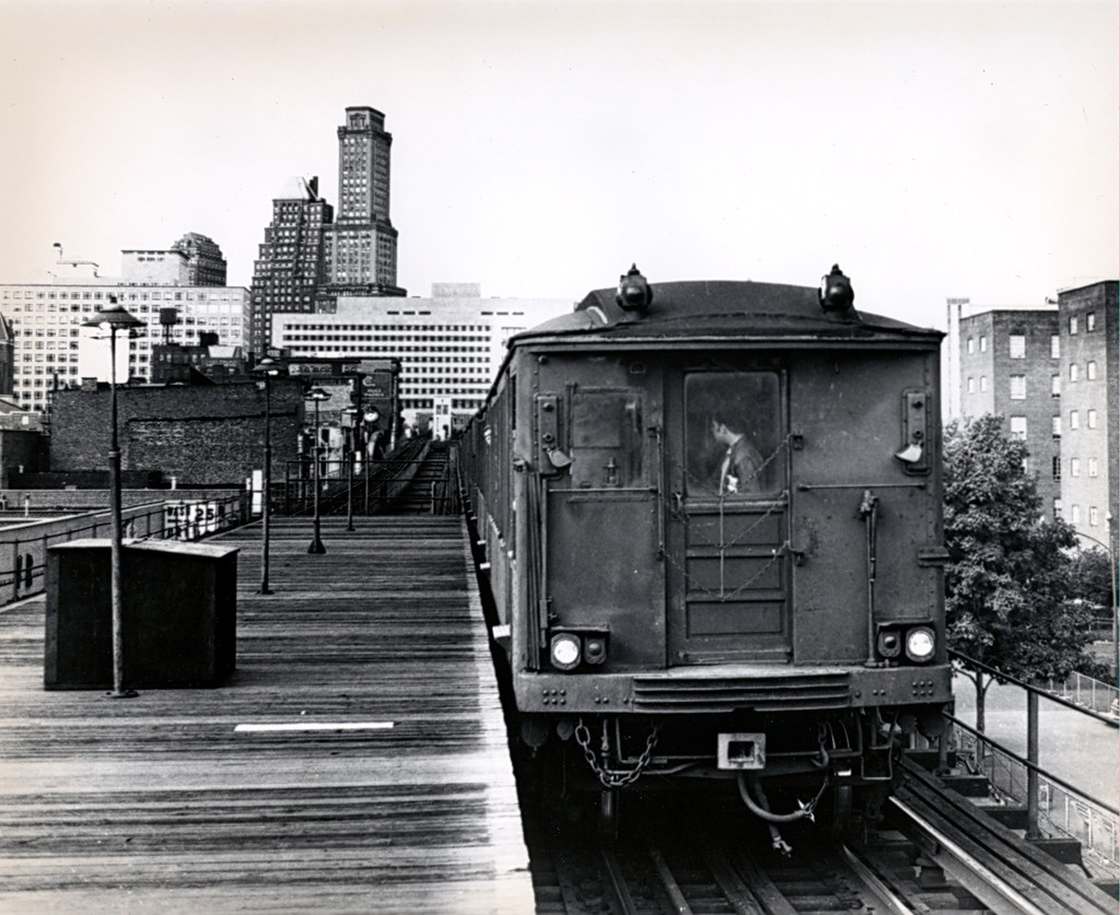 (197k, 1024x837)<br><b>Country:</b> United States<br><b>City:</b> New York<br><b>System:</b> New York City Transit<br><b>Line:</b> BMT Myrtle Avenue Line<br><b>Location:</b> Navy Street<br><b>Route:</b> Fan Trip<br><b>Car:</b> BMT Q  <br><b>Collection of:</b> George Conrad Collection<br><b>Date:</b> 10/5/1969<br><b>Viewed (this week/total):</b> 2 / 3338