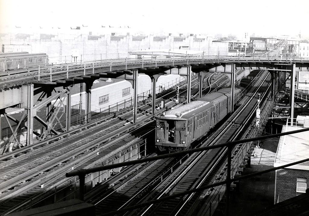 (249k, 1024x716)<br><b>Country:</b> United States<br><b>City:</b> New York<br><b>System:</b> New York City Transit<br><b>Location:</b> East New York Yard/Shops<br><b>Car:</b> BMT Q  <br><b>Collection of:</b> George Conrad Collection<br><b>Date:</b> 8/23/1969<br><b>Viewed (this week/total):</b> 4 / 3345