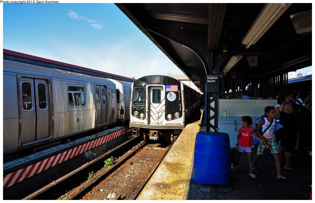 (263k, 1044x671)<br><b>Country:</b> United States<br><b>City:</b> New York<br><b>System:</b> New York City Transit<br><b>Line:</b> BMT Brighton Line<br><b>Location:</b> Brighton Beach<br><b>Route:</b> Q<br><b>Car:</b> R-160B (Option 1) (Kawasaki, 2008-2009) 9106 <br><b>Photo by:</b> Zach Summer<br><b>Date:</b> 7/4/2010<br><b>Notes:</b> Q trains terminating at Brighton Beach due to track fire at Coney Island<br><b>Viewed (this week/total):</b> 1 / 1576