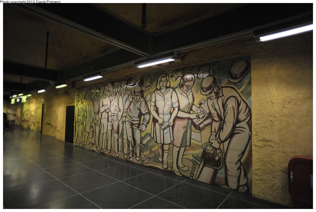 (241k, 1044x701)<br><b>Country:</b> Sweden<br><b>City:</b> Stockholm<br><b>System:</b> Storstockholms Lokaltrafik<br><b>Line:</b> Tunnelbana Blue Line<br><b>Location:</b> Akalla<br><b>Photo by:</b> David Pirmann<br><b>Date:</b> 10/14/2010<br><b>Viewed (this week/total):</b> 0 / 532
