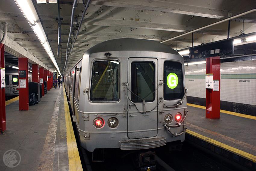 (197k, 850x567)<br><b>Country:</b> United States<br><b>City:</b> New York<br><b>System:</b> New York City Transit<br><b>Line:</b> IND Crosstown Line<br><b>Location:</b> Bedford/Nostrand Aves.<br><b>Route:</b> G<br><b>Car:</b> R-46 (Pullman-Standard, 1974-75)  <br><b>Photo by:</b> Jon Lebowitz<br><b>Date:</b> 9/26/2010<br><b>Viewed (this week/total):</b> 3 / 2495