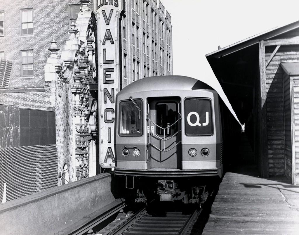 (246k, 1024x804)<br><b>Country:</b> United States<br><b>City:</b> New York<br><b>System:</b> New York City Transit<br><b>Line:</b> BMT Nassau Street-Jamaica Line<br><b>Location:</b> 168th Street (Demolished)<br><b>Route:</b> QJ<br><b>Car:</b> R-42 (St. Louis, 1969-1970)  <br><b>Collection of:</b> George Conrad Collection<br><b>Date:</b> 2/28/1970<br><b>Viewed (this week/total):</b> 2 / 4546