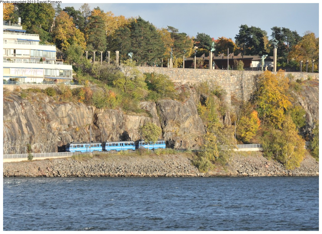 (296k, 1044x761)<br><b>Country:</b> Sweden<br><b>City:</b> Stockholm<br><b>System:</b> Storstockholms Lokaltrafik<br><b>Line:</b> Lidingöbanan<br><b>Location:</b> Torsvik<br><b>Photo by:</b> David Pirmann<br><b>Date:</b> 10/14/2010<br><b>Viewed (this week/total):</b> 2 / 922