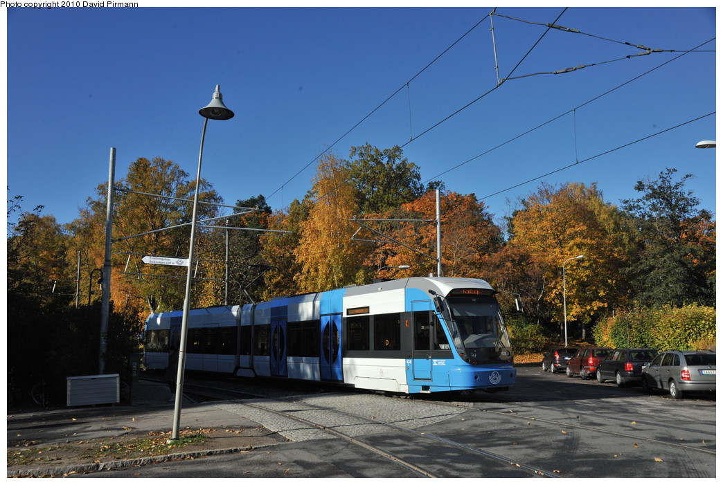 (291k, 1044x701)<br><b>Country:</b> Sweden<br><b>City:</b> Stockholm<br><b>System:</b> Storstockholms Lokaltrafik<br><b>Line:</b> Nockebybanan<br><b>Location:</b> Ålstensgatan<br><b>Car:</b> Flexity Swift SL Class A32 (Adtranz/Bombardier, 1999-2009) 428 <br><b>Photo by:</b> David Pirmann<br><b>Date:</b> 10/14/2010<br><b>Notes:</b> Outbound.<br><b>Viewed (this week/total):</b> 4 / 845