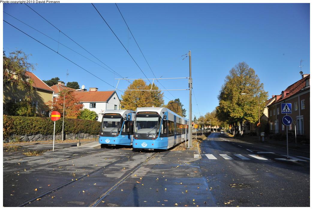 (286k, 1044x701)<br><b>Country:</b> Sweden<br><b>City:</b> Stockholm<br><b>System:</b> Storstockholms Lokaltrafik<br><b>Line:</b> Nockebybanan<br><b>Location:</b> Klövervägen<br><b>Car:</b> Flexity Swift SL Class A32 (Adtranz/Bombardier, 1999-2009) 430/429 <br><b>Photo by:</b> David Pirmann<br><b>Date:</b> 10/14/2010<br><b>Notes:</b> Outbound.<br><b>Viewed (this week/total):</b> 2 / 1028