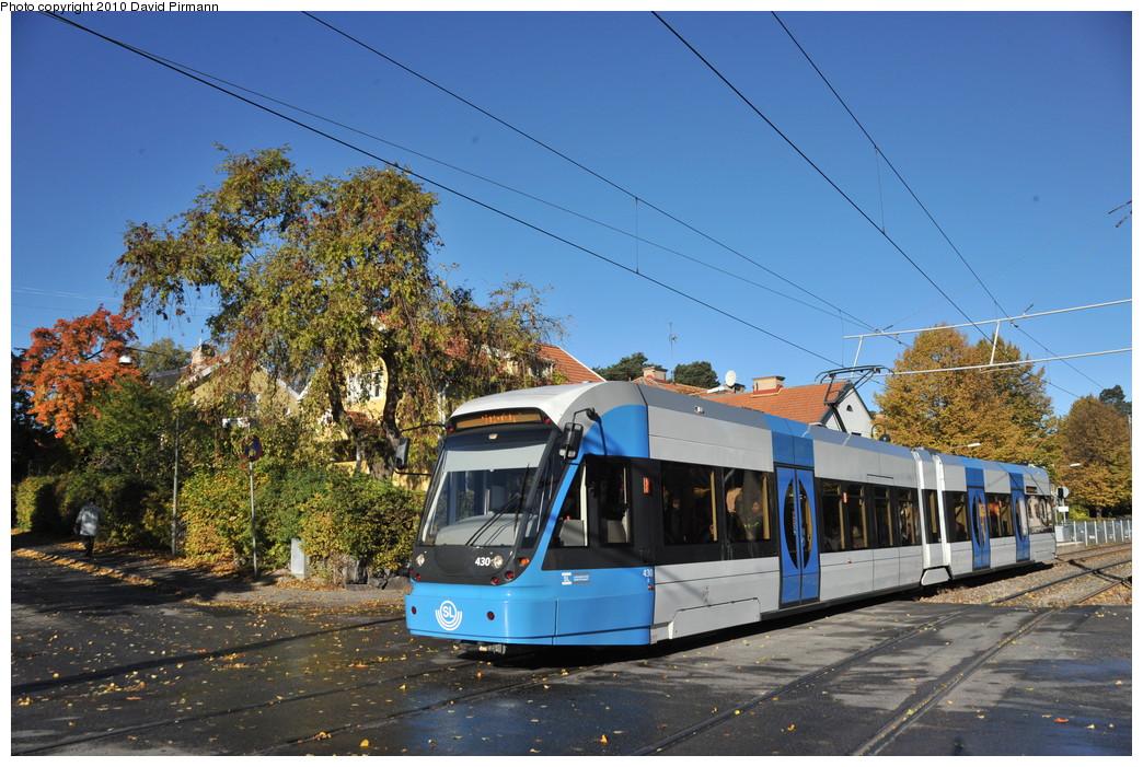 (305k, 1044x701)<br><b>Country:</b> Sweden<br><b>City:</b> Stockholm<br><b>System:</b> Storstockholms Lokaltrafik<br><b>Line:</b> Nockebybanan<br><b>Location:</b> Klövervägen<br><b>Car:</b> Flexity Swift SL Class A32 (Adtranz/Bombardier, 1999-2009) 430 <br><b>Photo by:</b> David Pirmann<br><b>Date:</b> 10/14/2010<br><b>Notes:</b> Outbound.<br><b>Viewed (this week/total):</b> 1 / 1155