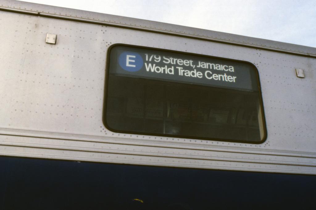 (224k, 1024x683)<br><b>Country:</b> United States<br><b>City:</b> New York<br><b>System:</b> New York City Transit<br><b>Route:</b> E<br><b>Car:</b> R-46 (Pullman-Standard, 1974-75) Interior <br><b>Collection of:</b> Collection of nycsubway.org<br><b>Notes:</b> Pre-GOH rollsign -1980s<br><b>Viewed (this week/total):</b> 2 / 2811