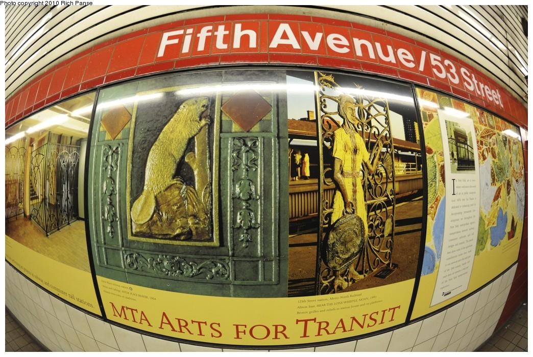 (256k, 1044x701)<br><b>Country:</b> United States<br><b>City:</b> New York<br><b>System:</b> New York City Transit<br><b>Line:</b> IND Queens Boulevard Line<br><b>Location:</b> 5th Avenue/53rd Street<br><b>Photo by:</b> Richard Panse<br><b>Date:</b> 12/5/2010<br><b>Viewed (this week/total):</b> 3 / 1019