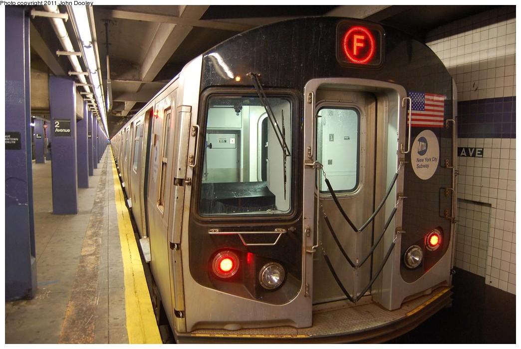 (221k, 1044x699)<br><b>Country:</b> United States<br><b>City:</b> New York<br><b>System:</b> New York City Transit<br><b>Line:</b> IND 6th Avenue Line<br><b>Location:</b> 2nd Avenue<br><b>Route:</b> F<br><b>Car:</b> R-160B (Option 2) (Kawasaki, 2009) 9902 <br><b>Photo by:</b> John Dooley<br><b>Date:</b> 12/26/2010<br><b>Viewed (this week/total):</b> 0 / 1543