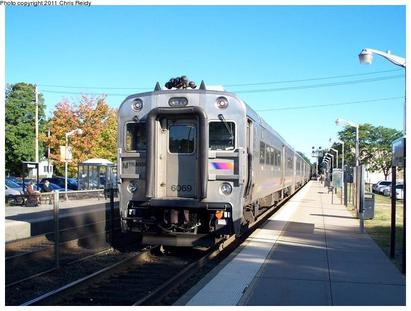 (162k, 820x620)<br><b>Country:</b> United States<br><b>System:</b> NJ Transit (or Predecessor)<br><b>Line:</b> NJT Main/Bergen Line<br><b>Location:</b> Ramsey<br><b>Car:</b> NJT Comet V 6069 <br><b>Photo by:</b> Chris Reidy<br><b>Date:</b> 9/15/2010<br><b>Viewed (this week/total):</b> 2 / 984