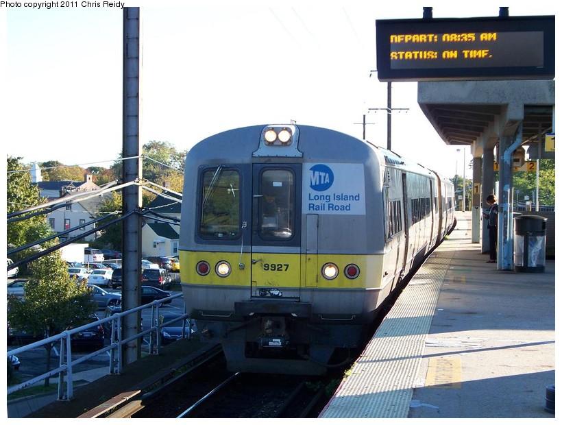 (153k, 820x620)<br><b>Country:</b> United States<br><b>System:</b> Long Island Rail Road<br><b>Line:</b> LIRR Babylon<br><b>Location:</b> Babylon<br><b>Car:</b> LIRR Budd M3 (EMU) 9927 <br><b>Photo by:</b> Chris Reidy<br><b>Date:</b> 10/14/2010<br><b>Viewed (this week/total):</b> 1 / 1024