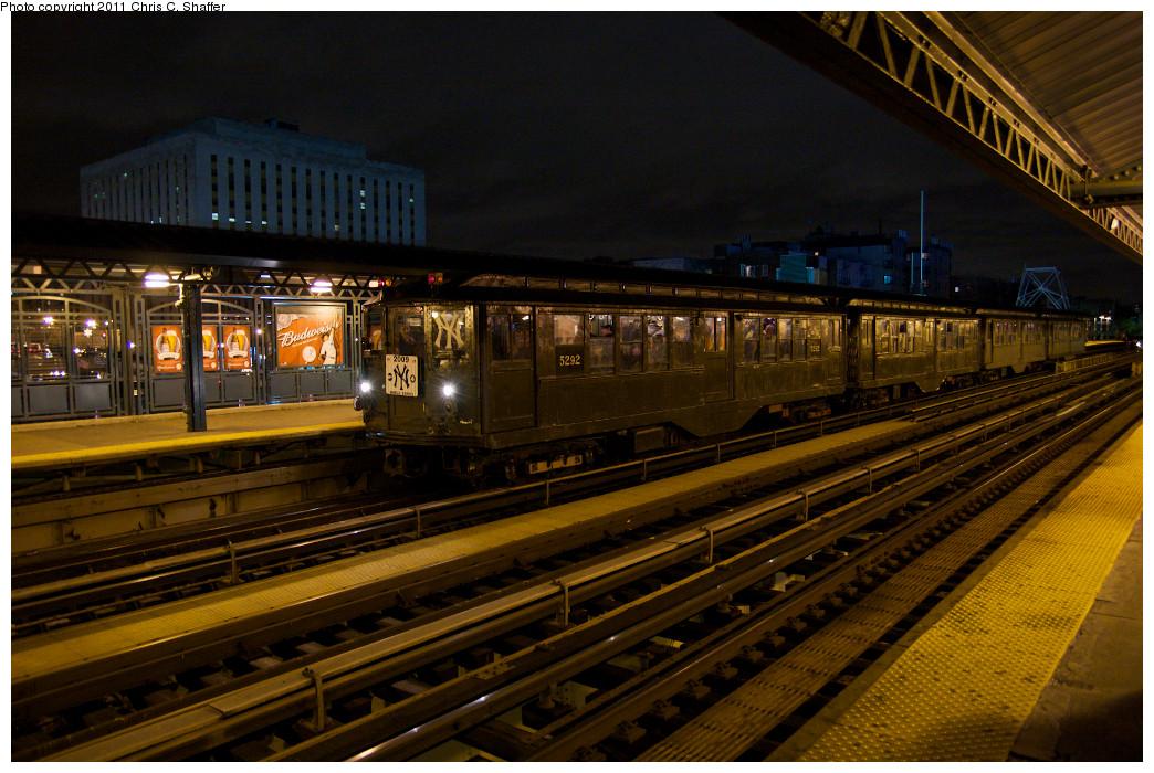 (289k, 1044x700)<br><b>Country:</b> United States<br><b>City:</b> New York<br><b>System:</b> New York City Transit<br><b>Line:</b> IRT Woodlawn Line<br><b>Location:</b> 161st Street-River Avenue (Yankee Stadium)<br><b>Route:</b> Fan Trip<br><b>Car:</b> Low-V (Museum Train) 5292 <br><b>Photo by:</b> Chris C. Shaffer<br><b>Date:</b> 10/28/2009<br><b>Viewed (this week/total):</b> 0 / 1477