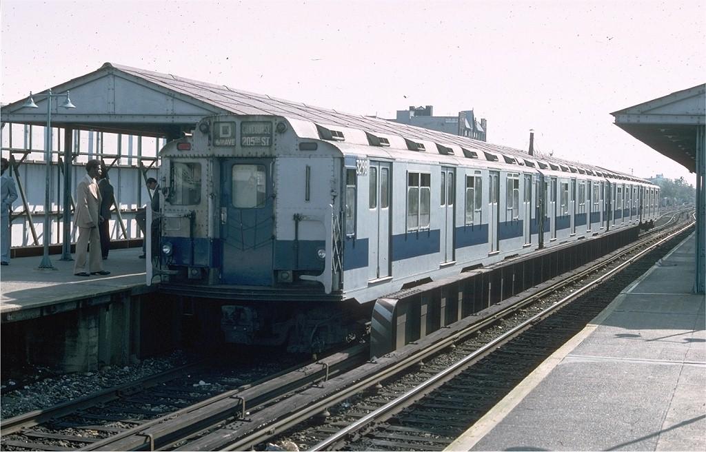 (197k, 1024x656)<br><b>Country:</b> United States<br><b>City:</b> New York<br><b>System:</b> New York City Transit<br><b>Line:</b> BMT Brighton Line<br><b>Location:</b> Kings Highway<br><b>Route:</b> Fan Trip<br><b>Car:</b> R-10 (American Car & Foundry, 1948) 3298 <br><b>Photo by:</b> Doug Grotjahn<br><b>Collection of:</b> Joe Testagrose<br><b>Date:</b> 10/23/1976<br><b>Viewed (this week/total):</b> 0 / 5217