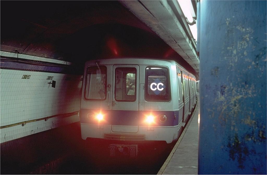 (150k, 1024x671)<br><b>Country:</b> United States<br><b>City:</b> New York<br><b>System:</b> New York City Transit<br><b>Line:</b> IND 8th Avenue Line<br><b>Location:</b> High Street/Brooklyn Bridge<br><b>Car:</b> R-46 (Pullman-Standard, 1974-75) 600 <br><b>Photo by:</b> Steve Zabel<br><b>Collection of:</b> Joe Testagrose<br><b>Date:</b> 8/21/1980<br><b>Viewed (this week/total):</b> 1 / 8700