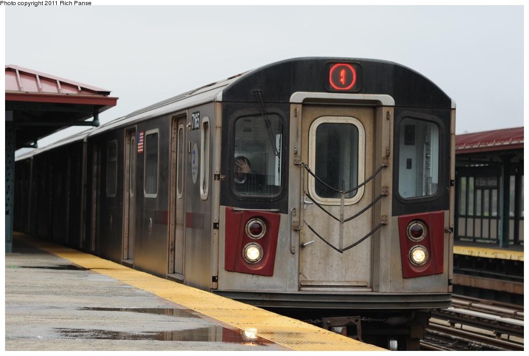 (193k, 1044x703)<br><b>Country:</b> United States<br><b>City:</b> New York<br><b>System:</b> New York City Transit<br><b>Line:</b> IRT Woodlawn Line<br><b>Location:</b> Mt. Eden Avenue<br><b>Route:</b> 4<br><b>Car:</b> R-142 (Option Order, Bombardier, 2002-2003) 7165 <br><b>Photo by:</b> Richard Panse<br><b>Date:</b> 5/22/2011<br><b>Viewed (this week/total):</b> 1 / 1604