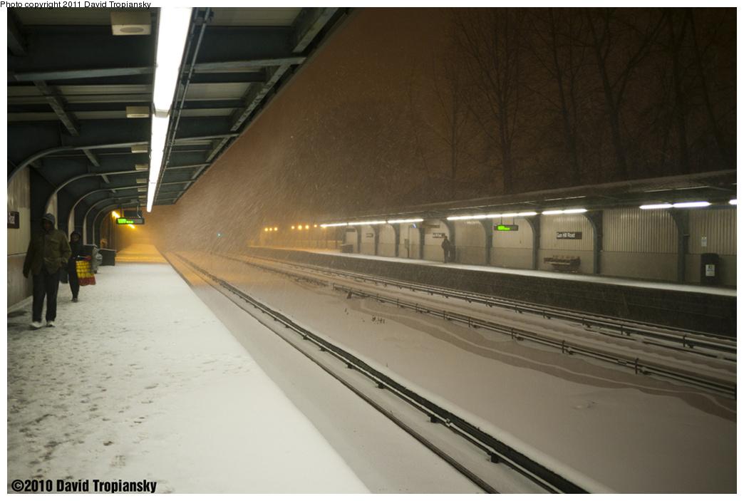 (262k, 1044x703)<br><b>Country:</b> United States<br><b>City:</b> New York<br><b>System:</b> New York City Transit<br><b>Line:</b> IRT Dyre Ave. Line<br><b>Location:</b> Gun Hill Road<br><b>Photo by:</b> David Tropiansky<br><b>Date:</b> 12/26/2010<br><b>Notes:</b> Blizzard of 2010<br><b>Viewed (this week/total):</b> 0 / 2214