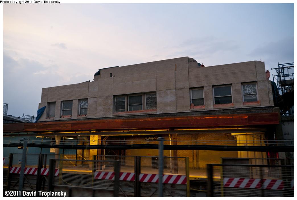 (285k, 1044x703)<br><b>Country:</b> United States<br><b>City:</b> New York<br><b>System:</b> New York City Transit<br><b>Line:</b> IND Crosstown Line<br><b>Location:</b> 4th Avenue<br><b>Photo by:</b> David Tropiansky<br><b>Date:</b> 6/11/2011<br><b>Notes:</b> Structure rehab at 4th Ave.<br><b>Viewed (this week/total):</b> 2 / 1429