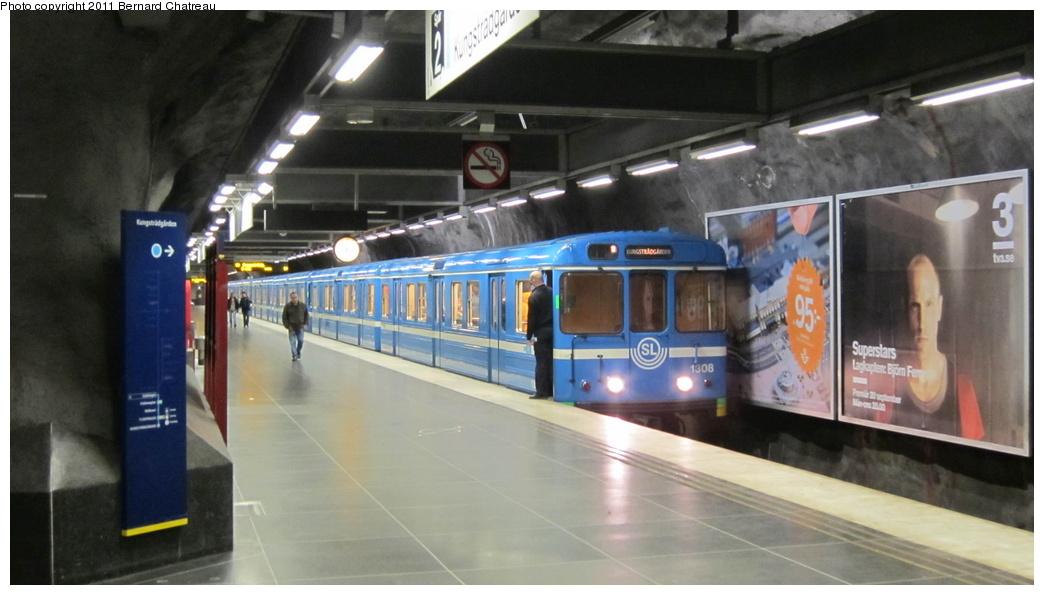 (214k, 1044x595)<br><b>Country:</b> Sweden<br><b>City:</b> Stockholm<br><b>System:</b> Storstockholms Lokaltrafik<br><b>Line:</b> Tunnelbana Blue Line<br><b>Location:</b> Stadshagen<br><b>Car:</b>  1308 <br><b>Photo by:</b> Bernard Chatreau<br><b>Date:</b> 9/15/2010<br><b>Viewed (this week/total):</b> 0 / 577