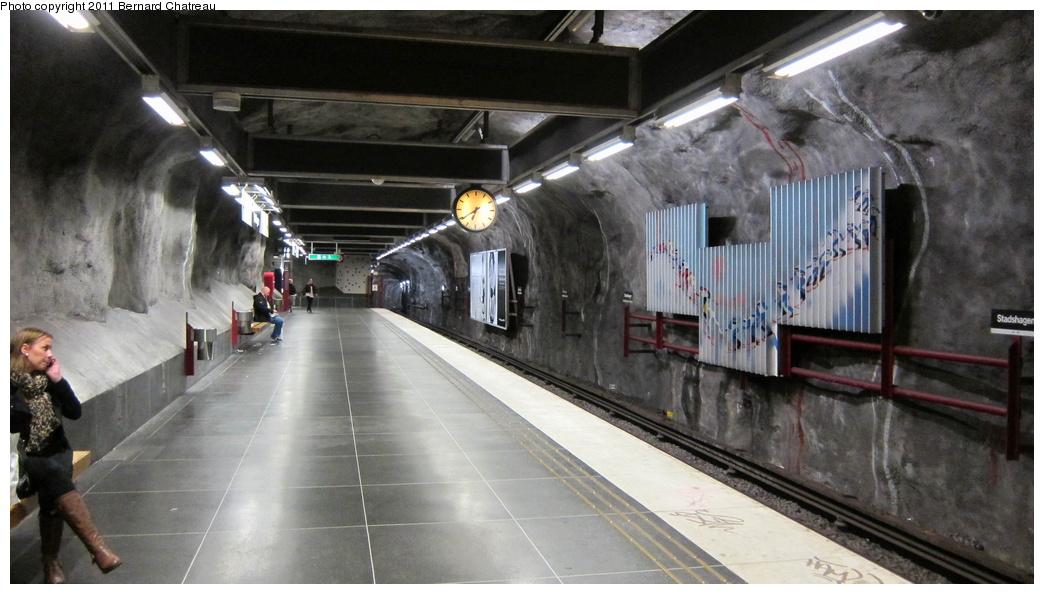 (245k, 1044x594)<br><b>Country:</b> Sweden<br><b>City:</b> Stockholm<br><b>System:</b> Storstockholms Lokaltrafik<br><b>Line:</b> Tunnelbana Blue Line<br><b>Location:</b> Stadshagen<br><b>Photo by:</b> Bernard Chatreau<br><b>Date:</b> 9/15/2010<br><b>Viewed (this week/total):</b> 1 / 490