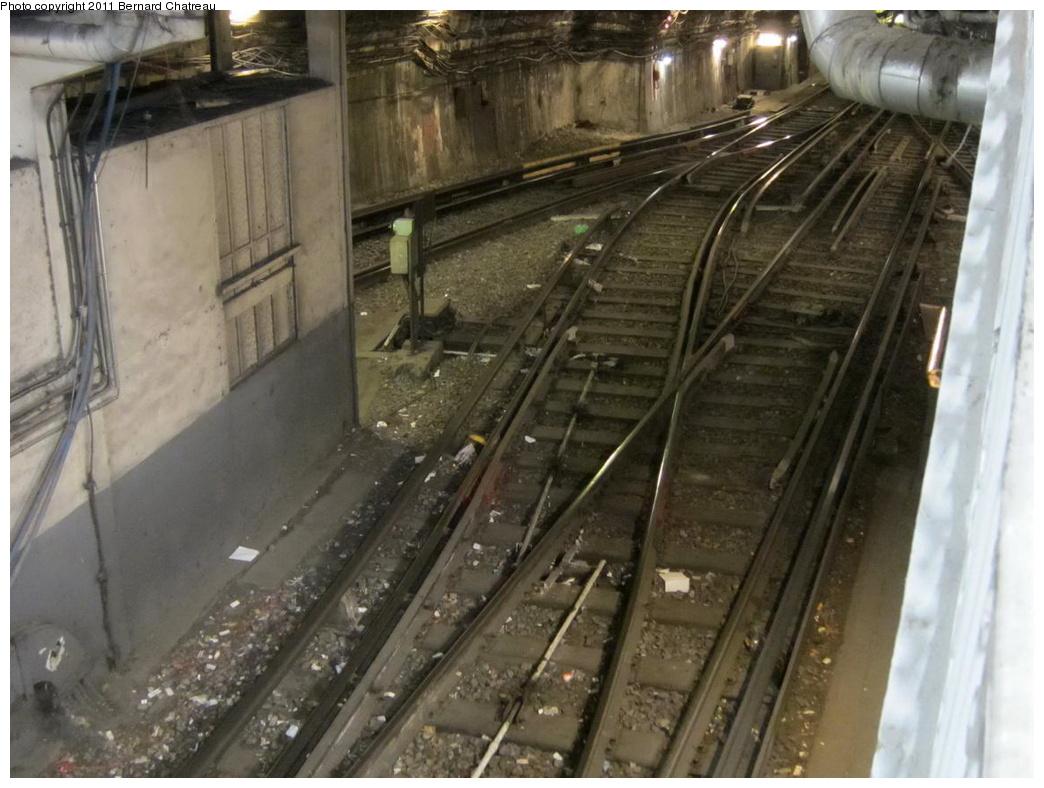 (288k, 1044x788)<br><b>Country:</b> France<br><b>City:</b> Paris<br><b>System:</b> RATP (Régie Autonome des Transports Parisiens)<br><b>Line:</b> Metro Ligne 12<br><b>Location:</b> Porte de la Chapelle<br><b>Photo by:</b> Bernard Chatreau<br><b>Date:</b> 5/5/2010<br><b>Viewed (this week/total):</b> 0 / 532