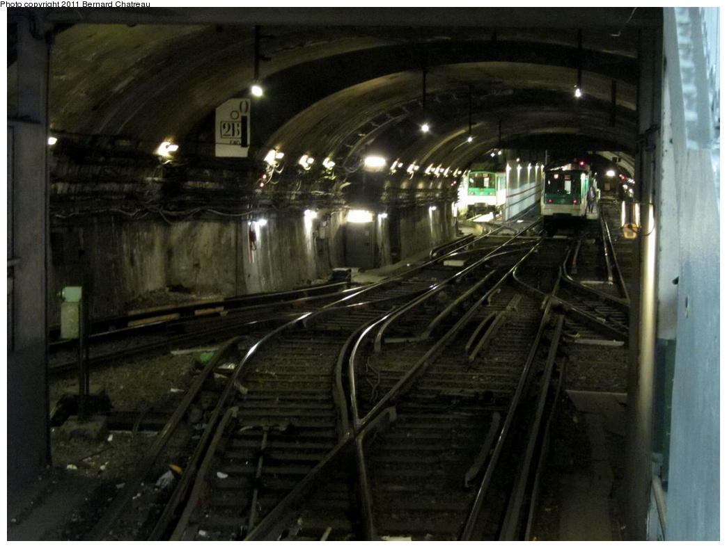 (273k, 1044x788)<br><b>Country:</b> France<br><b>City:</b> Paris<br><b>System:</b> RATP (Régie Autonome des Transports Parisiens)<br><b>Line:</b> Metro Ligne 12<br><b>Location:</b> Porte de la Chapelle<br><b>Photo by:</b> Bernard Chatreau<br><b>Date:</b> 5/5/2010<br><b>Viewed (this week/total):</b> 0 / 530