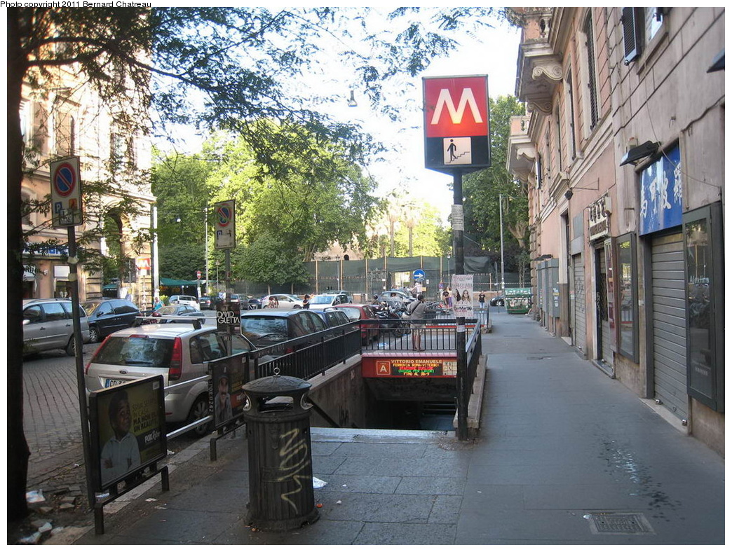 (427k, 1044x788)<br><b>Country:</b> Italy<br><b>City:</b> Rome<br><b>Line:</b> Rome Metro A<br><b>Location:</b> Piazza Vittorio Emanuele II<br><b>Photo by:</b> Bernard Chatreau<br><b>Date:</b> 7/22/2009<br><b>Viewed (this week/total):</b> 0 / 783