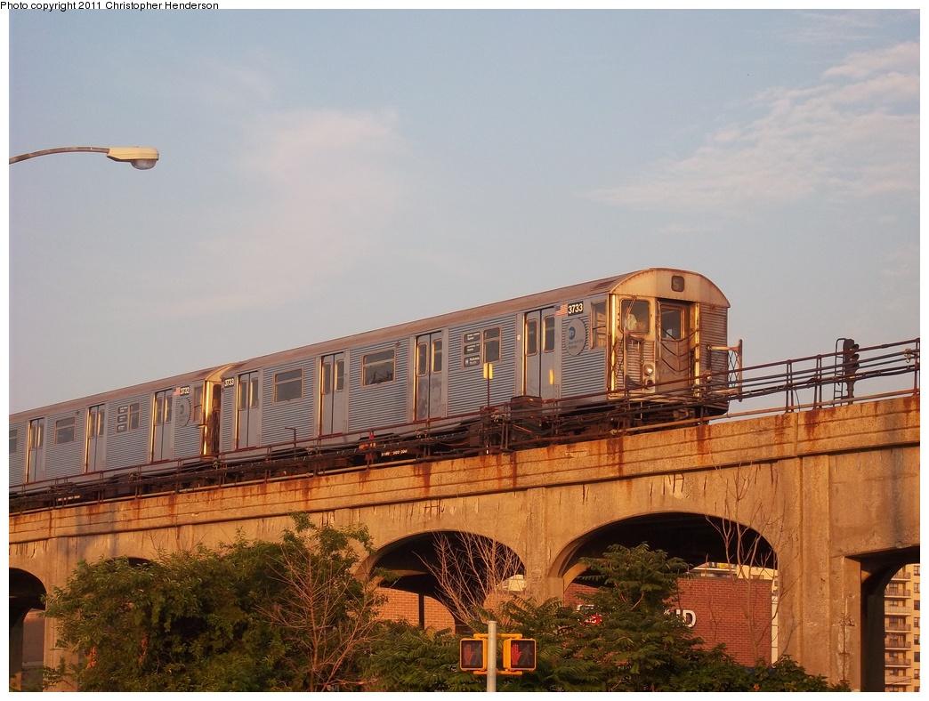(331k, 1044x788)<br><b>Country:</b> United States<br><b>City:</b> New York<br><b>System:</b> New York City Transit<br><b>Line:</b> IND Rockaway Line<br><b>Location:</b> Beach 105th Street/Seaside<br><b>Route:</b> H<br><b>Car:</b> R-32 (Budd, 1964) 3733 <br><b>Photo by:</b> Christopher Henderson<br><b>Date:</b> 7/23/2011<br><b>Viewed (this week/total):</b> 0 / 1500