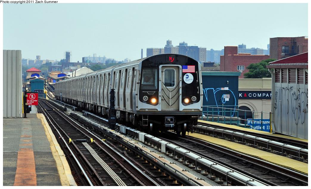 (352k, 1044x636)<br><b>Country:</b> United States<br><b>City:</b> New York<br><b>System:</b> New York City Transit<br><b>Line:</b> BMT West End Line<br><b>Location:</b> 20th Avenue<br><b>Route:</b> N Reroute<br><b>Car:</b> R-160B (Option 1) (Kawasaki, 2008-2009) 9043 <br><b>Photo by:</b> Zach Summer<br><b>Date:</b> 7/22/2011<br><b>Viewed (this week/total):</b> 3 / 1319