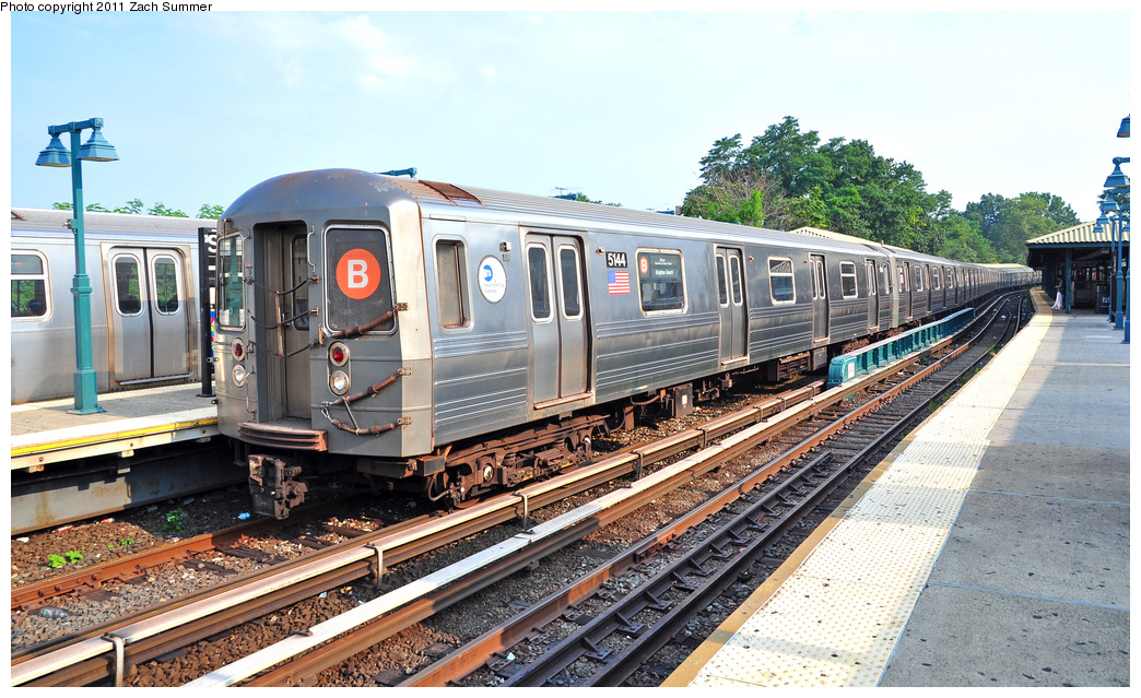 (424k, 1044x639)<br><b>Country:</b> United States<br><b>City:</b> New York<br><b>System:</b> New York City Transit<br><b>Line:</b> BMT Brighton Line<br><b>Location:</b> Sheepshead Bay<br><b>Route:</b> B<br><b>Car:</b> R-68A (Kawasaki, 1988-1989) 5144 <br><b>Photo by:</b> Zach Summer<br><b>Date:</b> 7/22/2011<br><b>Viewed (this week/total):</b> 11 / 2143