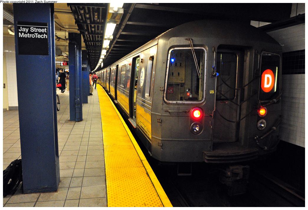 (423k, 1044x712)<br><b>Country:</b> United States<br><b>City:</b> New York<br><b>System:</b> New York City Transit<br><b>Line:</b> IND 8th Avenue Line<br><b>Location:</b> Jay St./Metrotech (Borough Hall)<br><b>Route:</b> D Reroute<br><b>Car:</b> R-68 (Westinghouse-Amrail, 1986-1988) 2768 <br><b>Photo by:</b> Zach Summer<br><b>Date:</b> 7/23/2011<br><b>Viewed (this week/total):</b> 0 / 1864