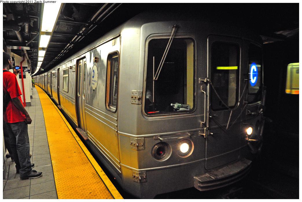 (399k, 1044x700)<br><b>Country:</b> United States<br><b>City:</b> New York<br><b>System:</b> New York City Transit<br><b>Line:</b> IND 8th Avenue Line<br><b>Location:</b> Jay St./Metrotech (Borough Hall)<br><b>Route:</b> C<br><b>Car:</b> R-46 (Pullman-Standard, 1974-75) 6012 <br><b>Photo by:</b> Zach Summer<br><b>Date:</b> 7/23/2011<br><b>Viewed (this week/total):</b> 1 / 1945