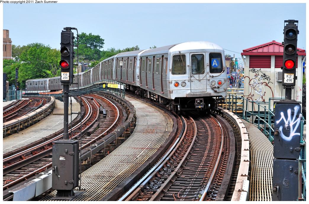 (505k, 1044x690)<br><b>Country:</b> United States<br><b>City:</b> New York<br><b>System:</b> New York City Transit<br><b>Line:</b> IND Fulton Street Line<br><b>Location:</b> 80th Street-Hudson Street<br><b>Route:</b> A<br><b>Car:</b> R-46 (Pullman-Standard, 1974-75)  <br><b>Photo by:</b> Zach Summer<br><b>Date:</b> 7/23/2011<br><b>Viewed (this week/total):</b> 1 / 1249