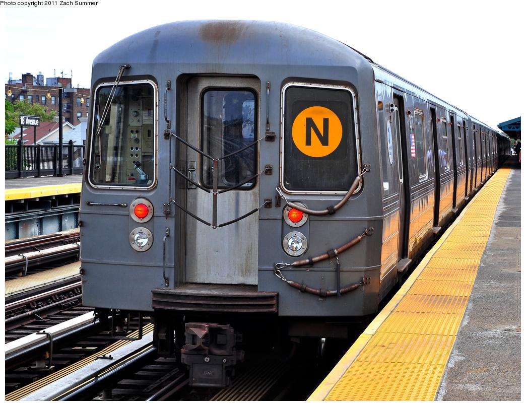 (459k, 1044x806)<br><b>Country:</b> United States<br><b>City:</b> New York<br><b>System:</b> New York City Transit<br><b>Line:</b> BMT West End Line<br><b>Location:</b> 18th Avenue<br><b>Route:</b> N Reroute<br><b>Car:</b> R-68A (Kawasaki, 1988-1989) 5078 <br><b>Photo by:</b> Zach Summer<br><b>Date:</b> 7/23/2011<br><b>Viewed (this week/total):</b> 0 / 1807