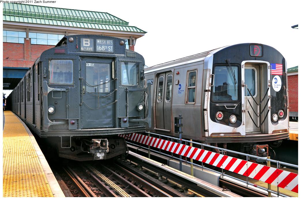 (441k, 1044x694)<br><b>Country:</b> United States<br><b>City:</b> New York<br><b>System:</b> New York City Transit<br><b>Location:</b> Coney Island/Stillwell Avenue<br><b>Route:</b> Transit Museum Nostalgia Train<br><b>Car:</b> R-1 (American Car & Foundry, 1930-1931) 381 <br><b>Photo by:</b> Zach Summer<br><b>Date:</b> 7/23/2011<br><b>Notes:</b> With R160A 9252 on the F<br><b>Viewed (this week/total):</b> 0 / 1771