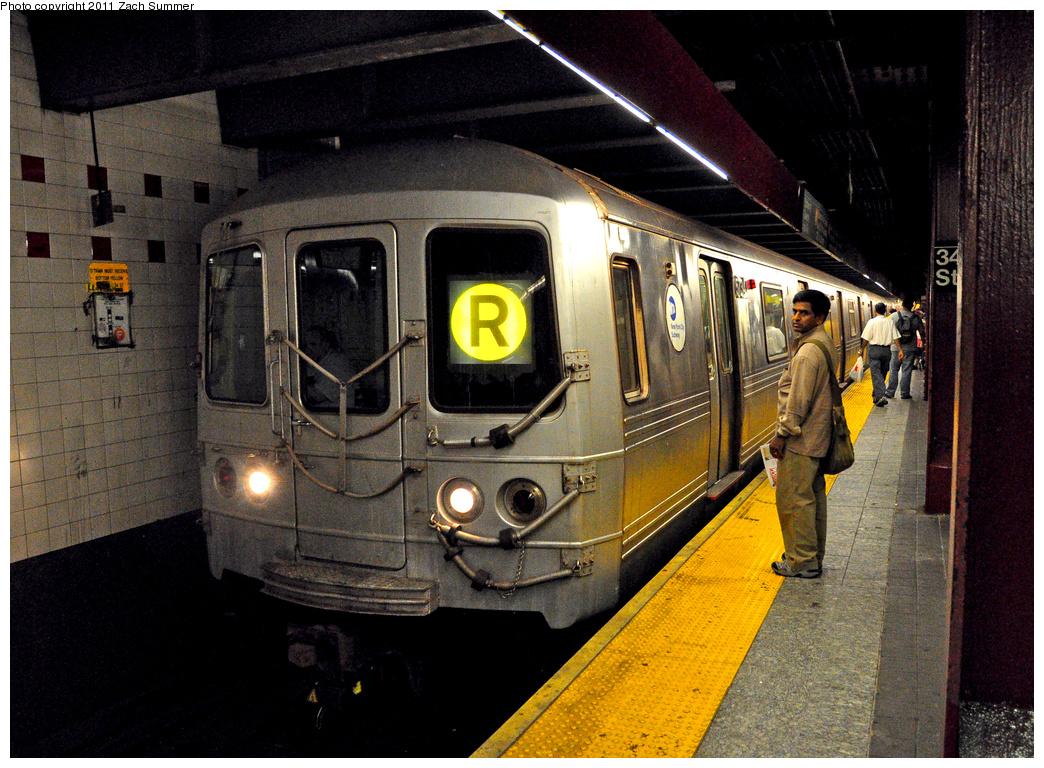 (489k, 1044x768)<br><b>Country:</b> United States<br><b>City:</b> New York<br><b>System:</b> New York City Transit<br><b>Line:</b> IND 6th Avenue Line<br><b>Location:</b> 34th Street/Herald Square<br><b>Route:</b> R Reroute<br><b>Car:</b> R-46 (Pullman-Standard, 1974-75) 5734 <br><b>Photo by:</b> Zach Summer<br><b>Date:</b> 7/23/2011<br><b>Viewed (this week/total):</b> 1 / 2325