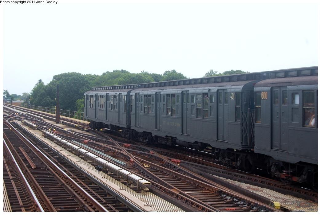 (265k, 1044x700)<br><b>Country:</b> United States<br><b>City:</b> New York<br><b>System:</b> New York City Transit<br><b>Line:</b> IND Fulton Street Line<br><b>Location:</b> 80th Street-Hudson Street<br><b>Route:</b> Transit Museum Nostalgia Train<br><b>Car:</b> R-4 (American Car & Foundry, 1932-1933) 401 <br><b>Photo by:</b> John Dooley<br><b>Date:</b> 7/23/2011<br><b>Viewed (this week/total):</b> 1 / 1076