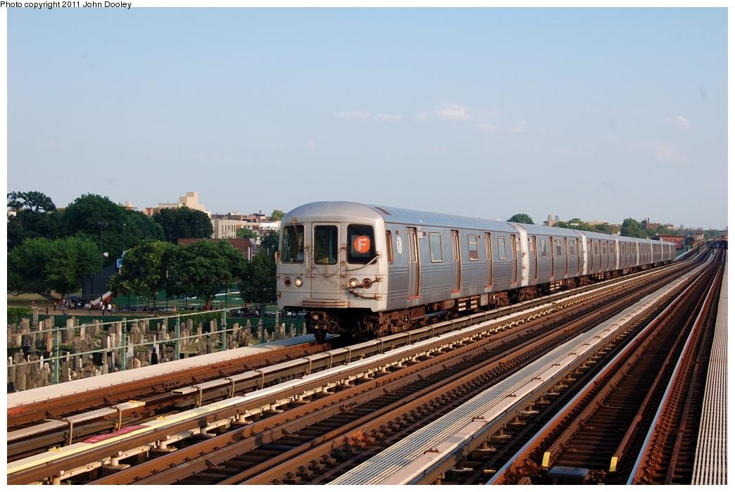 (313k, 1044x699)<br><b>Country:</b> United States<br><b>City:</b> New York<br><b>System:</b> New York City Transit<br><b>Line:</b> BMT Culver Line<br><b>Location:</b> Bay Parkway (22nd Avenue)<br><b>Route:</b> F<br><b>Car:</b> R-46 (Pullman-Standard, 1974-75) 5686 <br><b>Photo by:</b> John Dooley<br><b>Date:</b> 7/26/2011<br><b>Viewed (this week/total):</b> 0 / 1154