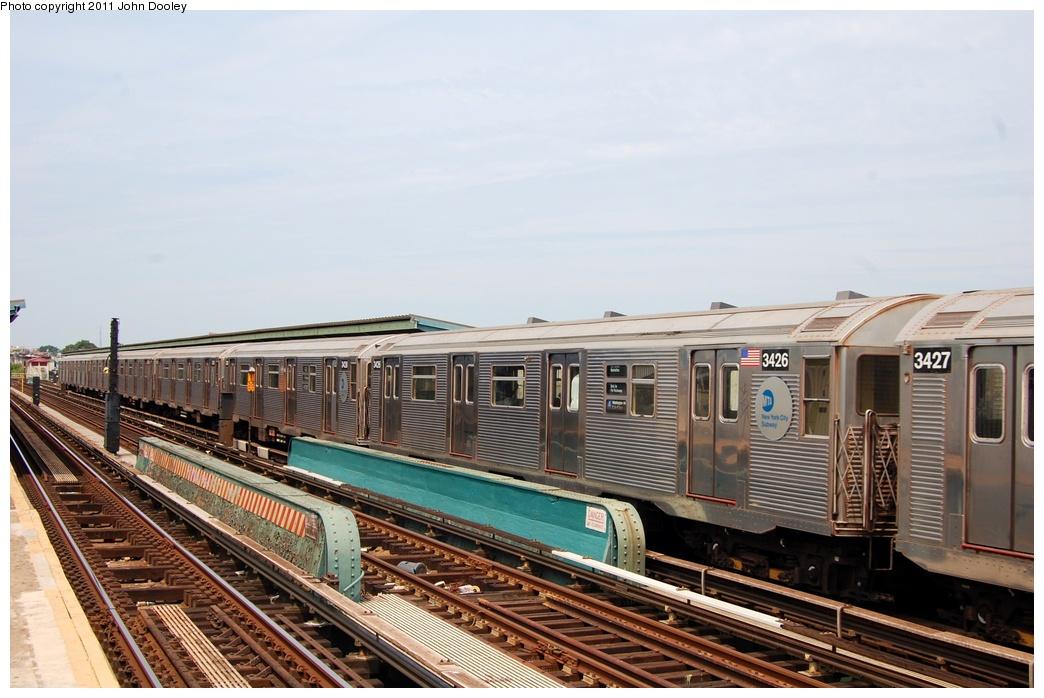 (293k, 1044x698)<br><b>Country:</b> United States<br><b>City:</b> New York<br><b>System:</b> New York City Transit<br><b>Line:</b> IND Fulton Street Line<br><b>Location:</b> 80th Street-Hudson Street<br><b>Route:</b> A<br><b>Car:</b> R-32 (Budd, 1964) 3426 <br><b>Photo by:</b> John Dooley<br><b>Date:</b> 7/23/2011<br><b>Viewed (this week/total):</b> 0 / 1035