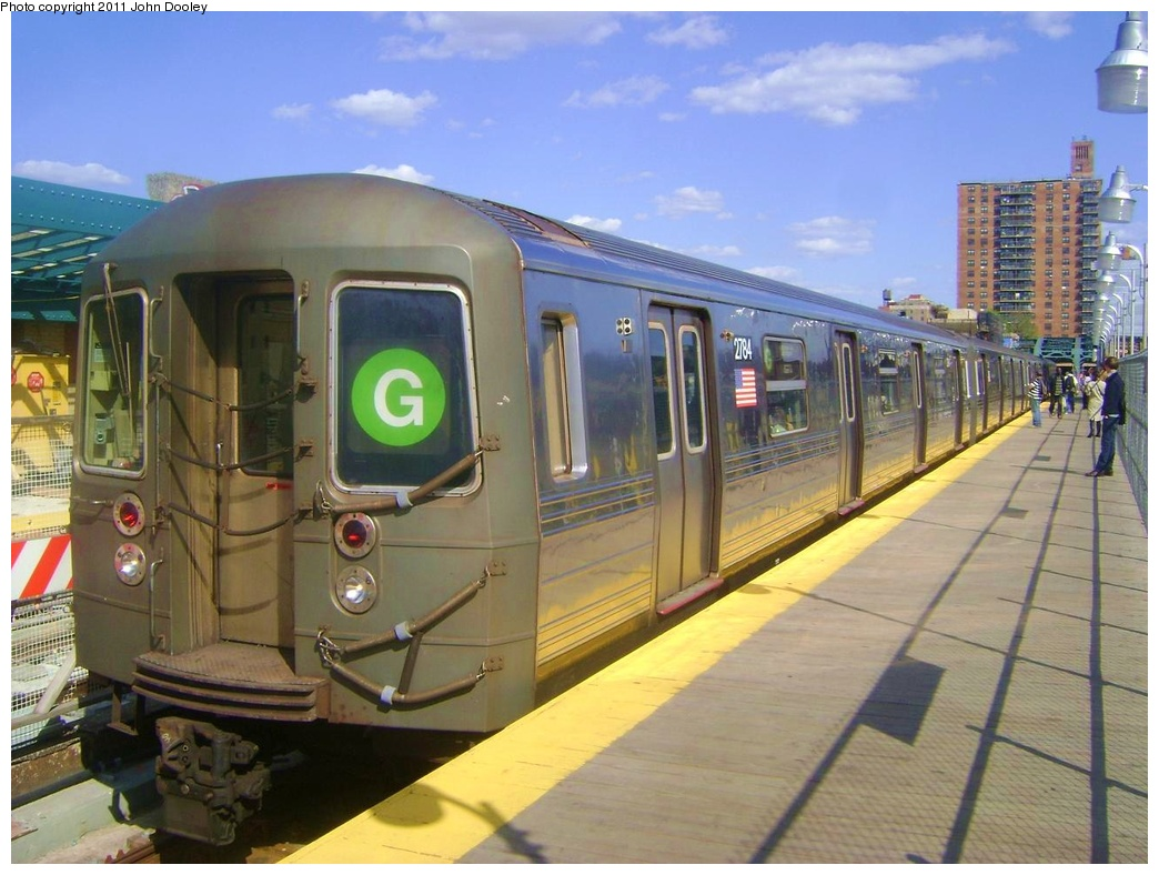 (300k, 1044x788)<br><b>Country:</b> United States<br><b>City:</b> New York<br><b>System:</b> New York City Transit<br><b>Line:</b> IND Crosstown Line<br><b>Location:</b> 4th Avenue<br><b>Route:</b> G<br><b>Car:</b> R-68 (Westinghouse-Amrail, 1986-1988) 2784 <br><b>Photo by:</b> John Dooley<br><b>Date:</b> 5/5/2011<br><b>Viewed (this week/total):</b> 1 / 2253