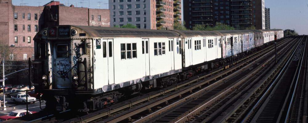 (66k, 1000x399)<br><b>Country:</b> United States<br><b>City:</b> New York<br><b>System:</b> New York City Transit<br><b>Line:</b> IRT White Plains Road Line<br><b>Location:</b> Pelham Parkway<br><b>Route:</b> 2<br><b>Car:</b> R-22 (St. Louis, 1957-58) 7721 <br><b>Photo by:</b> Robert Callahan<br><b>Date:</b> 4/1985<br><b>Viewed (this week/total):</b> 0 / 1375