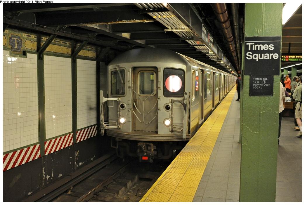 (272k, 1044x702)<br><b>Country:</b> United States<br><b>City:</b> New York<br><b>System:</b> New York City Transit<br><b>Line:</b> IRT West Side Line<br><b>Location:</b> Times Square/42nd Street<br><b>Route:</b> 1<br><b>Car:</b> R-62A (Bombardier, 1984-1987) 1846 <br><b>Photo by:</b> Richard Panse<br><b>Date:</b> 9/11/2011<br><b>Viewed (this week/total):</b> 0 / 2233