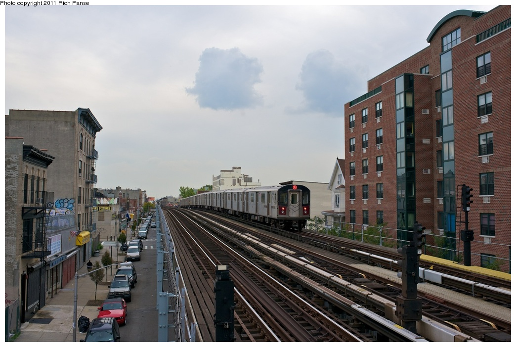 (263k, 1044x702)<br><b>Country:</b> United States<br><b>City:</b> New York<br><b>System:</b> New York City Transit<br><b>Line:</b> IRT White Plains Road Line<br><b>Location:</b> Freeman Street<br><b>Route:</b> 5<br><b>Car:</b> R-142 (Primary Order, Bombardier, 1999-2002) 6836 <br><b>Photo by:</b> Richard Panse<br><b>Date:</b> 9/25/2011<br><b>Viewed (this week/total):</b> 0 / 1799