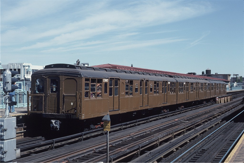 (204k, 1024x684)<br><b>Country:</b> United States<br><b>City:</b> New York<br><b>System:</b> New York City Transit<br><b>Line:</b> BMT Astoria Line<br><b>Location:</b> 39th/Beebe Aves.<br><b>Route:</b> Fan Trip<br><b>Car:</b> BMT A/B-Type Standard 2392 <br><b>Photo by:</b> Joe Testagrose<br><b>Date:</b> 4/16/1977<br><b>Viewed (this week/total):</b> 1 / 1561