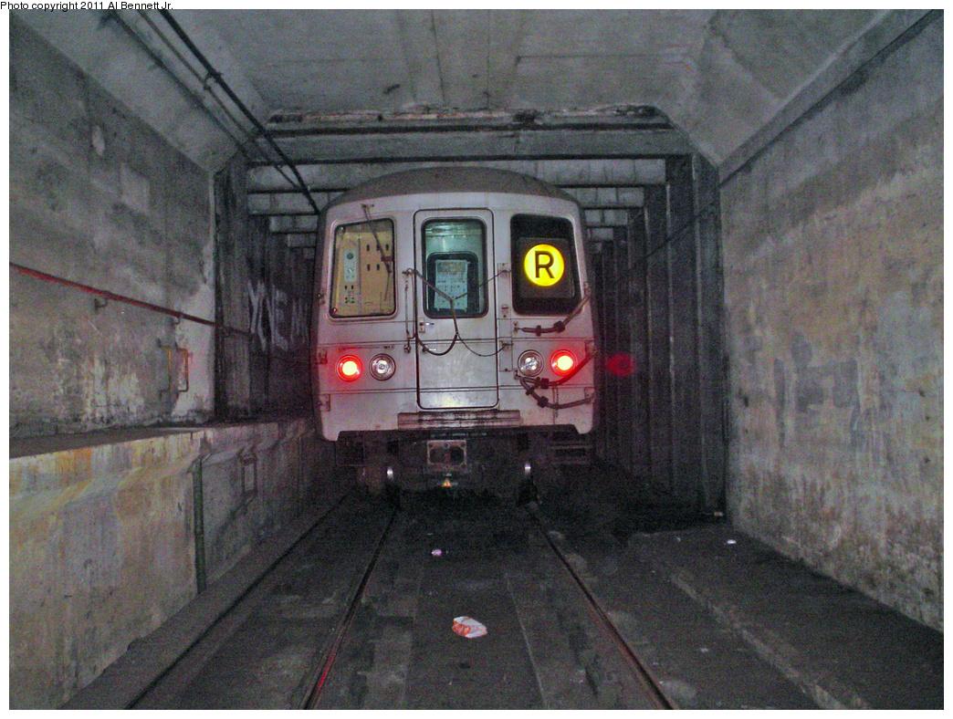 (538k, 1044x788)<br><b>Country:</b> United States<br><b>City:</b> New York<br><b>System:</b> New York City Transit<br><b>Line:</b> IND 63rd Street Line<br><b>Location:</b> Lexington Avenue-63rd Street<br><b>Route:</b> Layup<br><b>Car:</b> R-46 (Pullman-Standard, 1974-75)  <br><b>Photo by:</b> Al Bennett, Jr.<br><b>Date:</b> 3/19/2008<br><b>Notes:</b> Lex-63rd layup tunnel - future 2nd Ave subway connection<br><b>Viewed (this week/total):</b> 6 / 4244