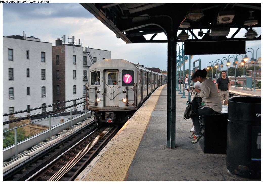 (369k, 1044x729)<br><b>Country:</b> United States<br><b>City:</b> New York<br><b>System:</b> New York City Transit<br><b>Line:</b> IRT Flushing Line<br><b>Location:</b> 61st Street/Woodside<br><b>Route:</b> 7<br><b>Car:</b> R-62A (Bombardier, 1984-1987) 2102 <br><b>Photo by:</b> Zach Summer<br><b>Date:</b> 9/30/2011<br><b>Viewed (this week/total):</b> 0 / 1513