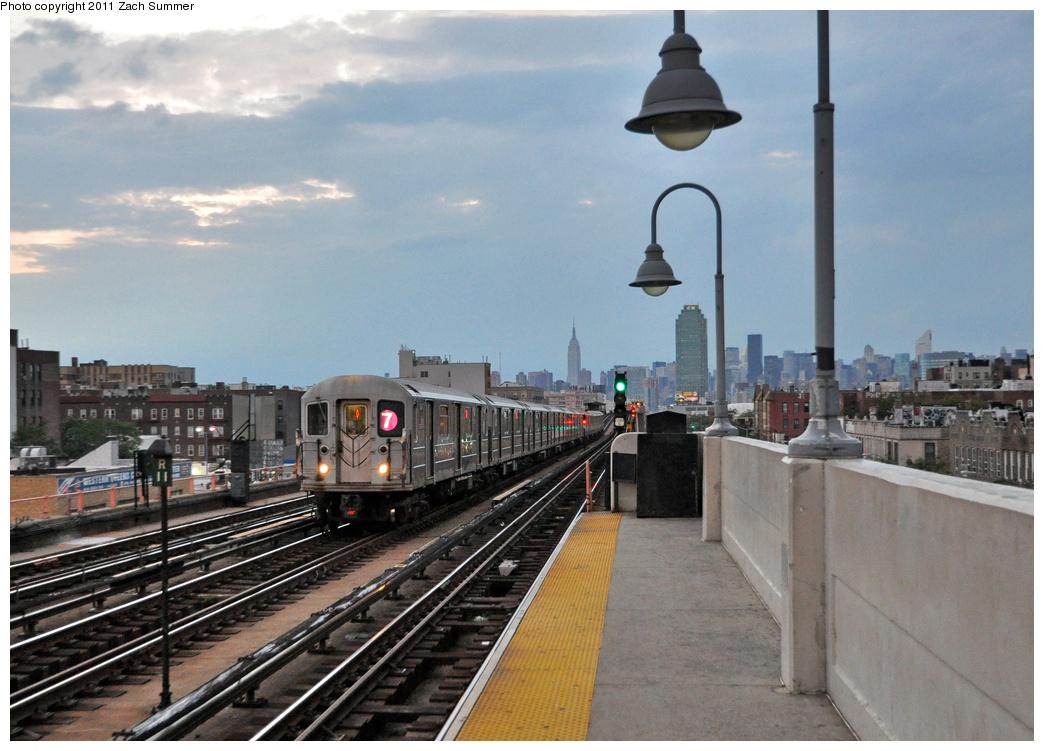(359k, 1044x751)<br><b>Country:</b> United States<br><b>City:</b> New York<br><b>System:</b> New York City Transit<br><b>Line:</b> IRT Flushing Line<br><b>Location:</b> 46th Street/Bliss Street<br><b>Route:</b> 7<br><b>Car:</b> R-62A (Bombardier, 1984-1987) 1934 <br><b>Photo by:</b> Zach Summer<br><b>Date:</b> 9/30/2011<br><b>Viewed (this week/total):</b> 2 / 1602