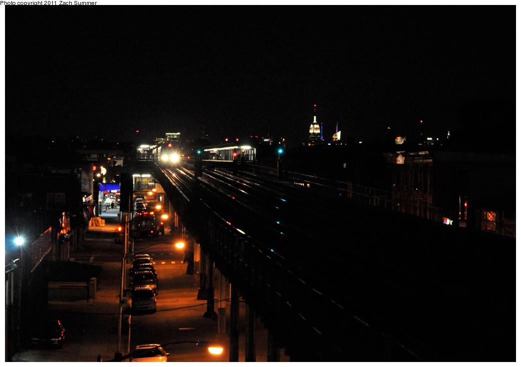 (232k, 1044x735)<br><b>Country:</b> United States<br><b>City:</b> New York<br><b>System:</b> New York City Transit<br><b>Line:</b> BMT Culver Line<br><b>Location:</b> Bay Parkway (22nd Avenue)<br><b>Route:</b> F<br><b>Car:</b> R-160A/R-160B Series (Number Unknown)  <br><b>Photo by:</b> Zach Summer<br><b>Date:</b> 10/4/2011<br><b>Viewed (this week/total):</b> 1 / 1338