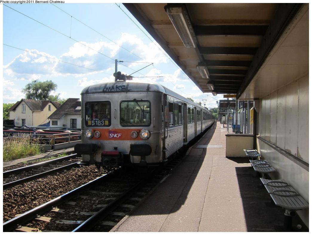 (302k, 1044x788)<br><b>Country:</b> France<br><b>City:</b> Paris<br><b>System:</b> SNCF/Transilien<br><b>Line:</b> Transilien H-Nord<br><b>Location:</b> Champ de courses d'Enghien<br><b>Car:</b>  Z 6183 <br><b>Photo by:</b> Bernard Chatreau<br><b>Date:</b> 6/11/2010<br><b>Viewed (this week/total):</b> 1 / 403