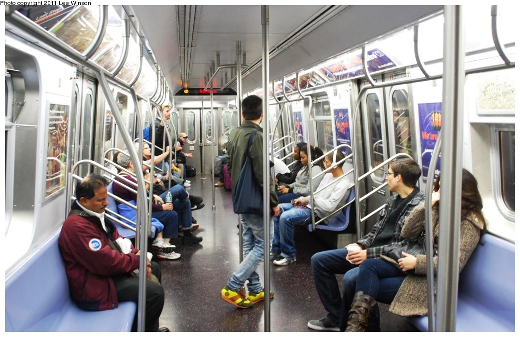 (300k, 1044x677)<br><b>Country:</b> United States<br><b>City:</b> New York<br><b>System:</b> New York City Transit<br><b>Route:</b> E<br><b>Car:</b> R-160B (Option 2) (Kawasaki, 2009) 9912 <br><b>Photo by:</b> Lee Winson<br><b>Date:</b> 11/26/2011<br><b>Viewed (this week/total):</b> 1 / 1296