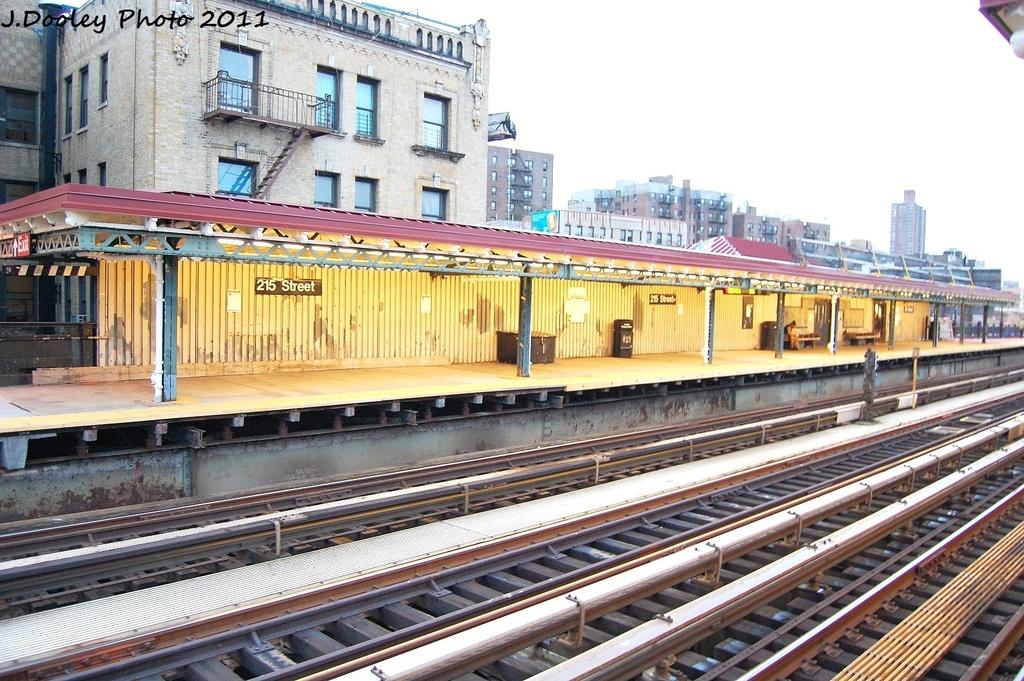 (387k, 1024x681)<br><b>Country:</b> United States<br><b>City:</b> New York<br><b>System:</b> New York City Transit<br><b>Line:</b> IRT West Side Line<br><b>Location:</b> 215th Street<br><b>Photo by:</b> John Dooley<br><b>Date:</b> 9/22/2011<br><b>Viewed (this week/total):</b> 1 / 1248